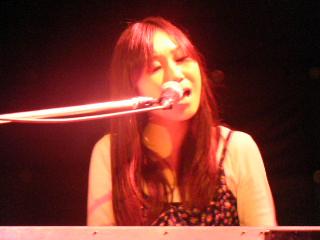 ピアノ弾き語りコンサートにて