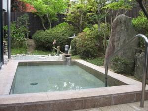 猪名川の浴場