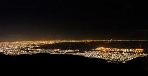 六甲山観光主催「1000 万ドルの夜景ガイドツアー」