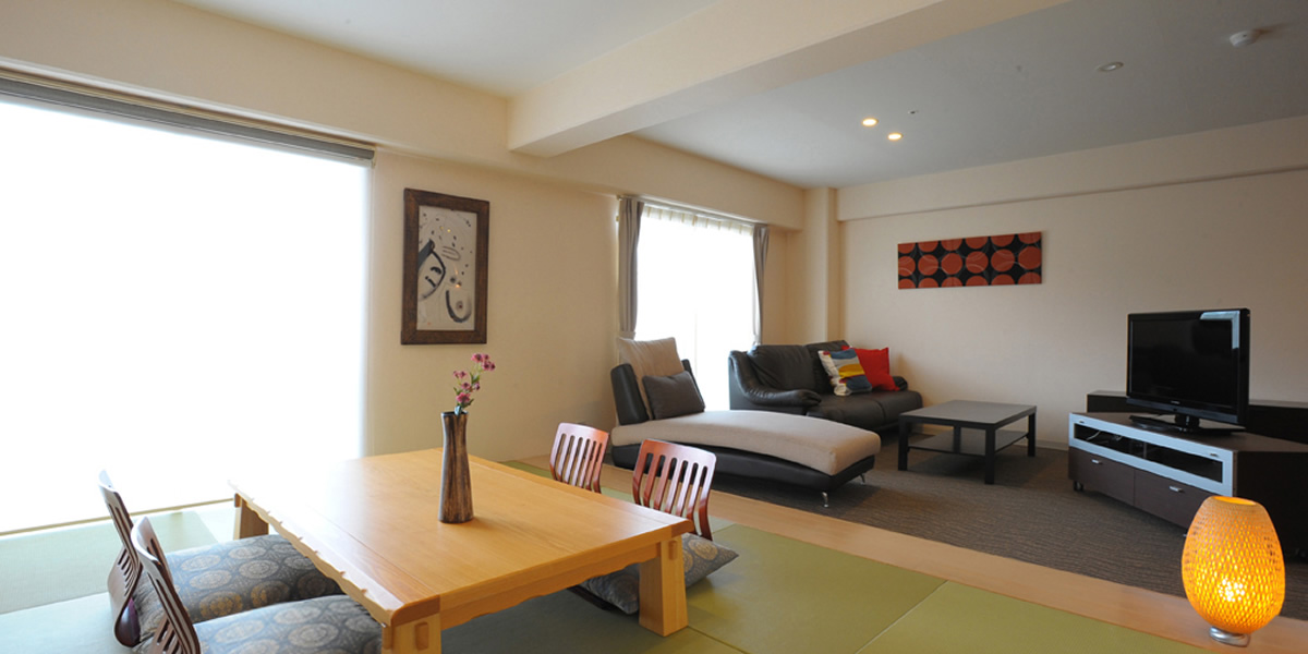 In Relaxing And Spacious Rooms, With Okinawa Tatami Matted Room Gives Peace  Of Mind While Western Room Has Stretching Sofa, Please Make Your Stay A  Rank ...