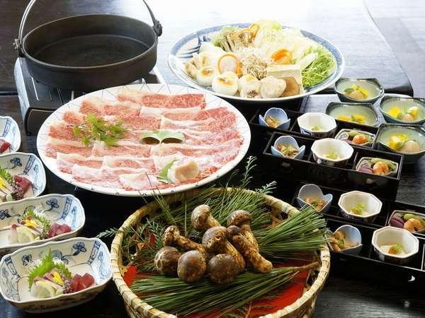 松茸と三田和牛のすき焼き♪秋の香りを感じます★
