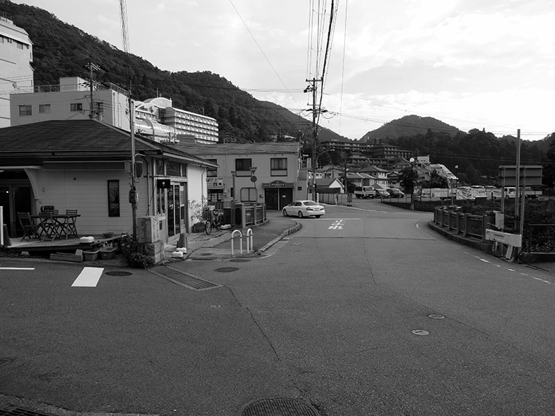 "Scenery of Arima ONSEN ""TSUESUTE-Bridge"""